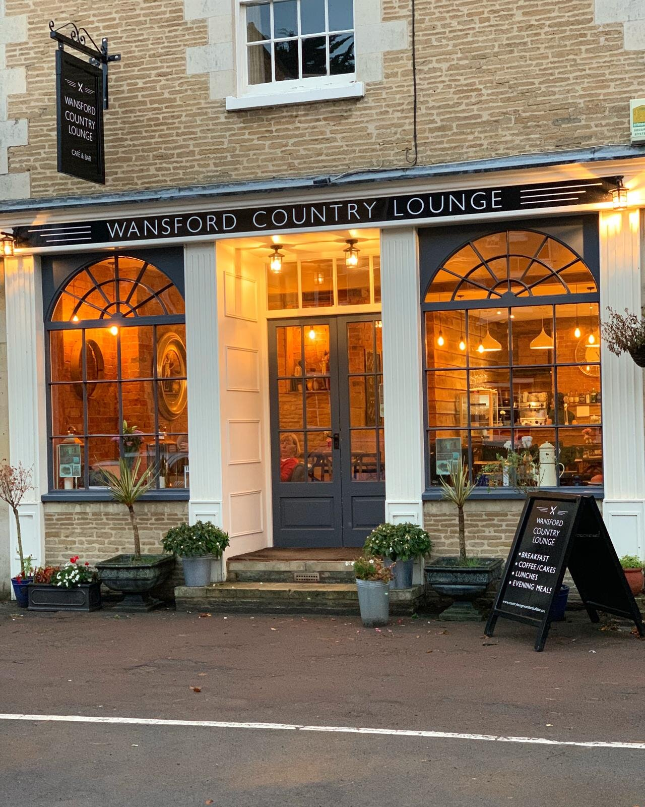 Wansford Country Lounge