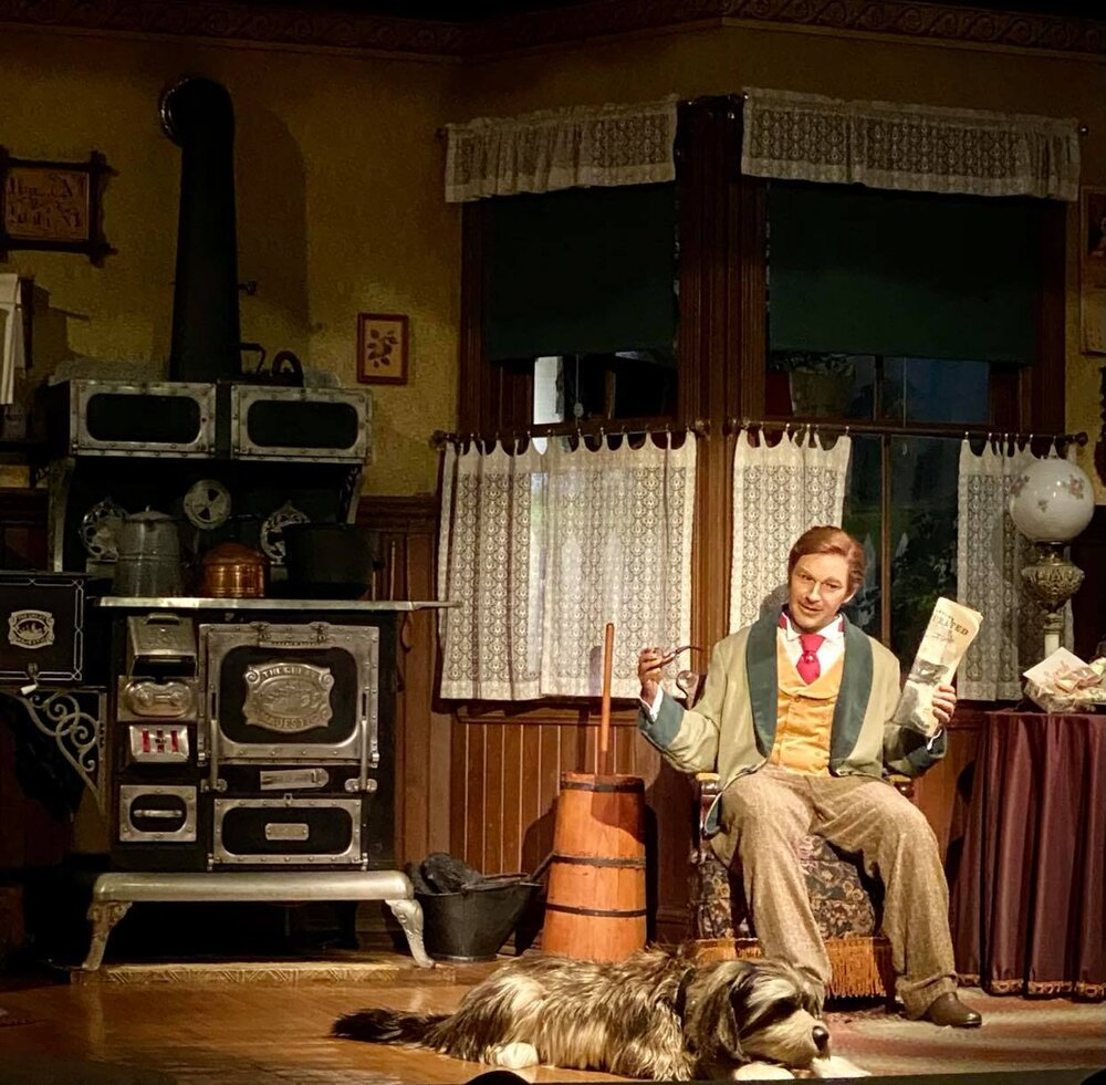 Carousel of Progress - Act 1: John discusses current life in the 1900s.