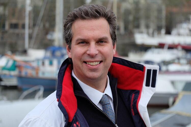 Dennis de Roos Profile Picture.JPG