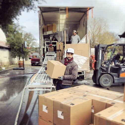 Sometimes we wanna get out from behind the software. Here, our CEO working parcels and palettes. It's for a friend but still... #logistics