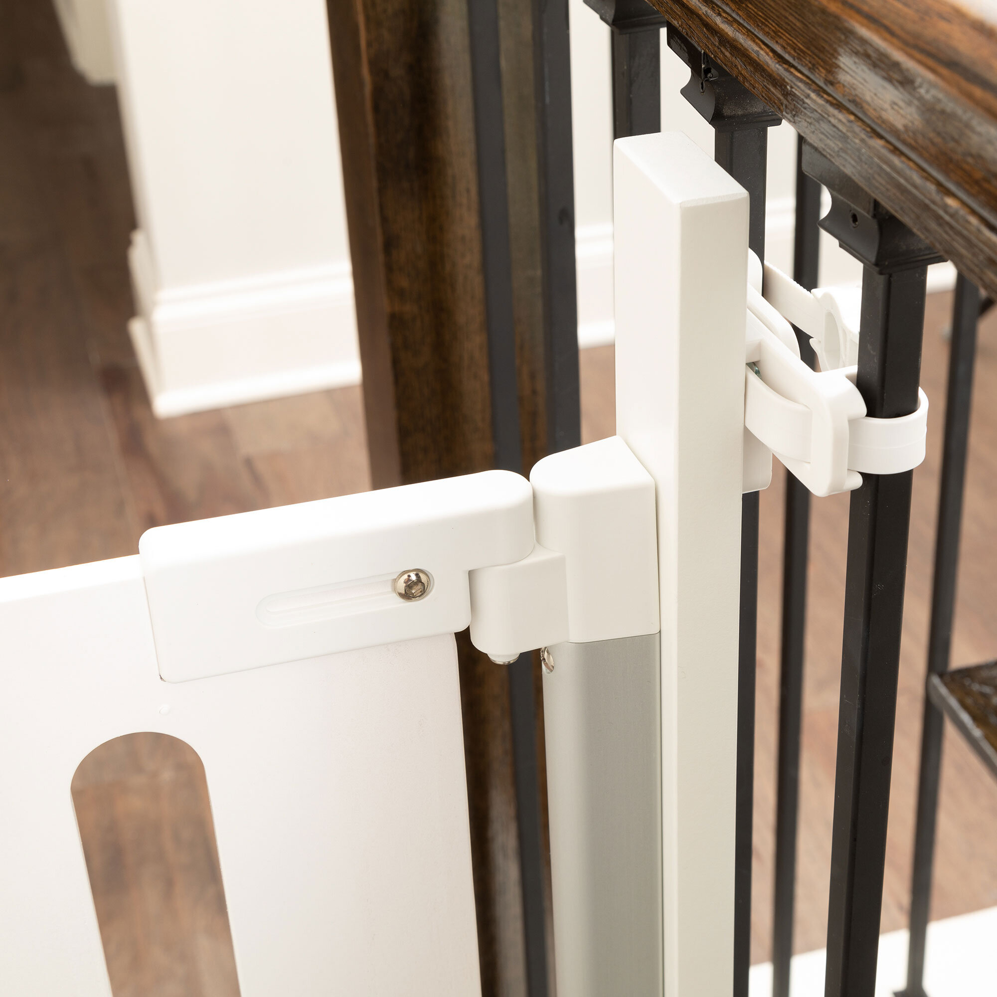 Universal Stair Mounting Kit Qdos Baby Gates Child Safety And Baby Proofing Products Qdos Safety