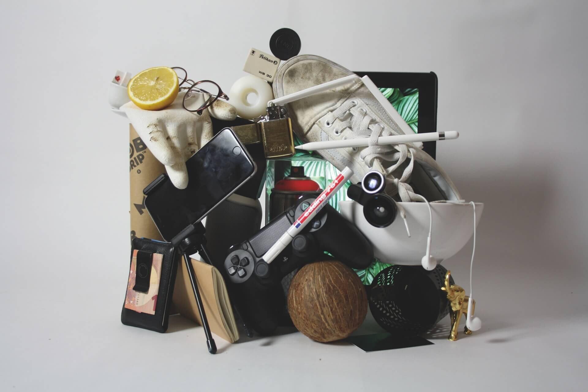minimalray-minimalist-declutter-minimalism.jpg