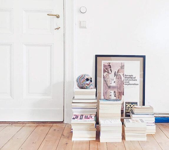 minimalray-minimalist-book-recommendations.jpg