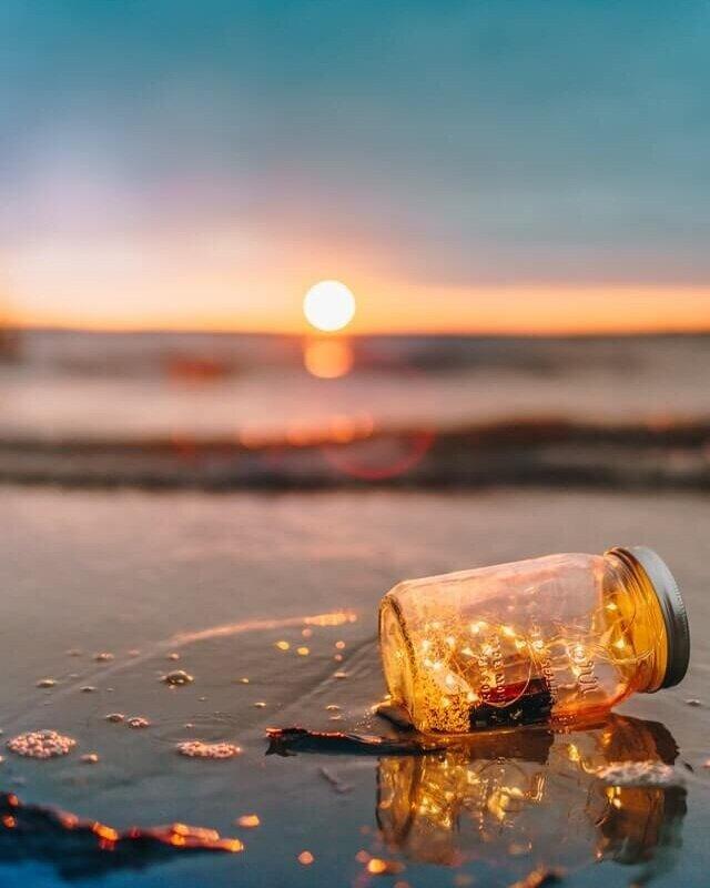 minimalism-minimalist-minimalray-simple-pleasures-beach.jpg