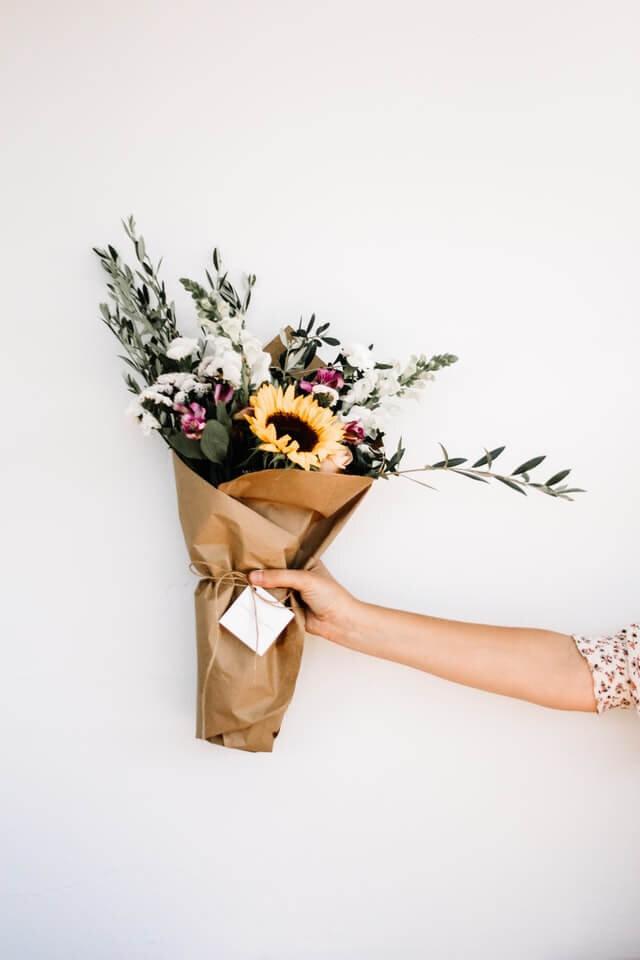 minimalray-minimalist-25-non-materialistic-gift-ideas.jpg