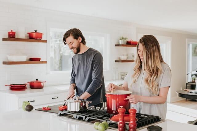 minimalray-minimalist-hacks-kitchen.jpg