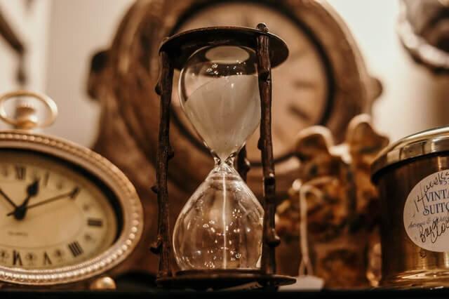 minimalray-time-is-valuable-1.jpg