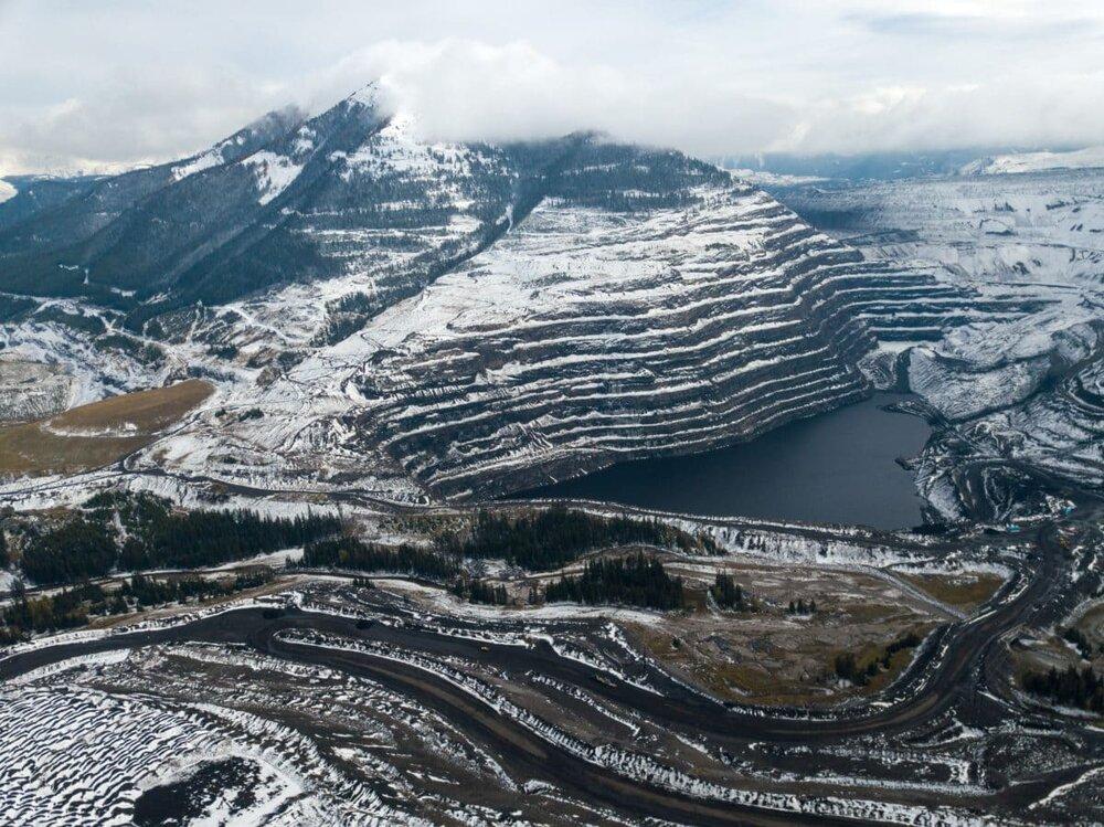 T eck Coal Mine near Sparwood                         photo/Narwhal