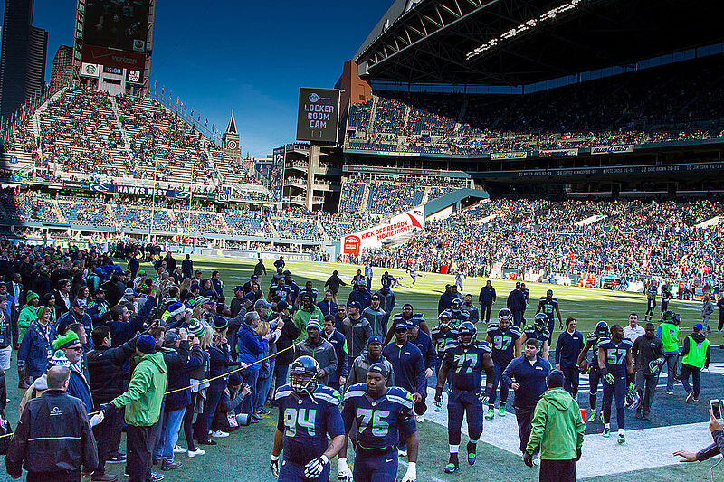 49ers_at_Seahawks_2014_warm_up.jpg