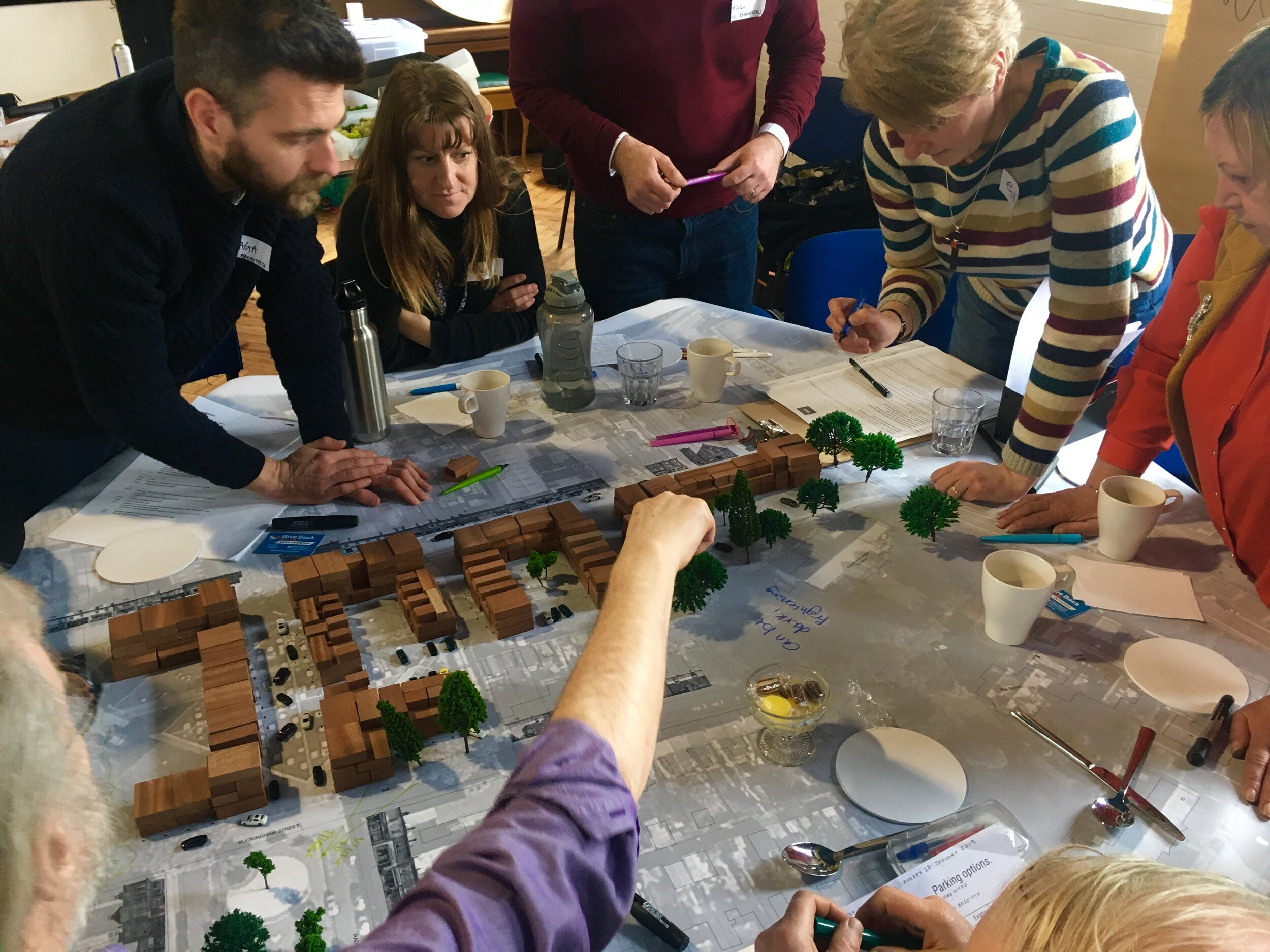 Collective prototyping in 3D | Making new streets, spaces and places with the neighbours