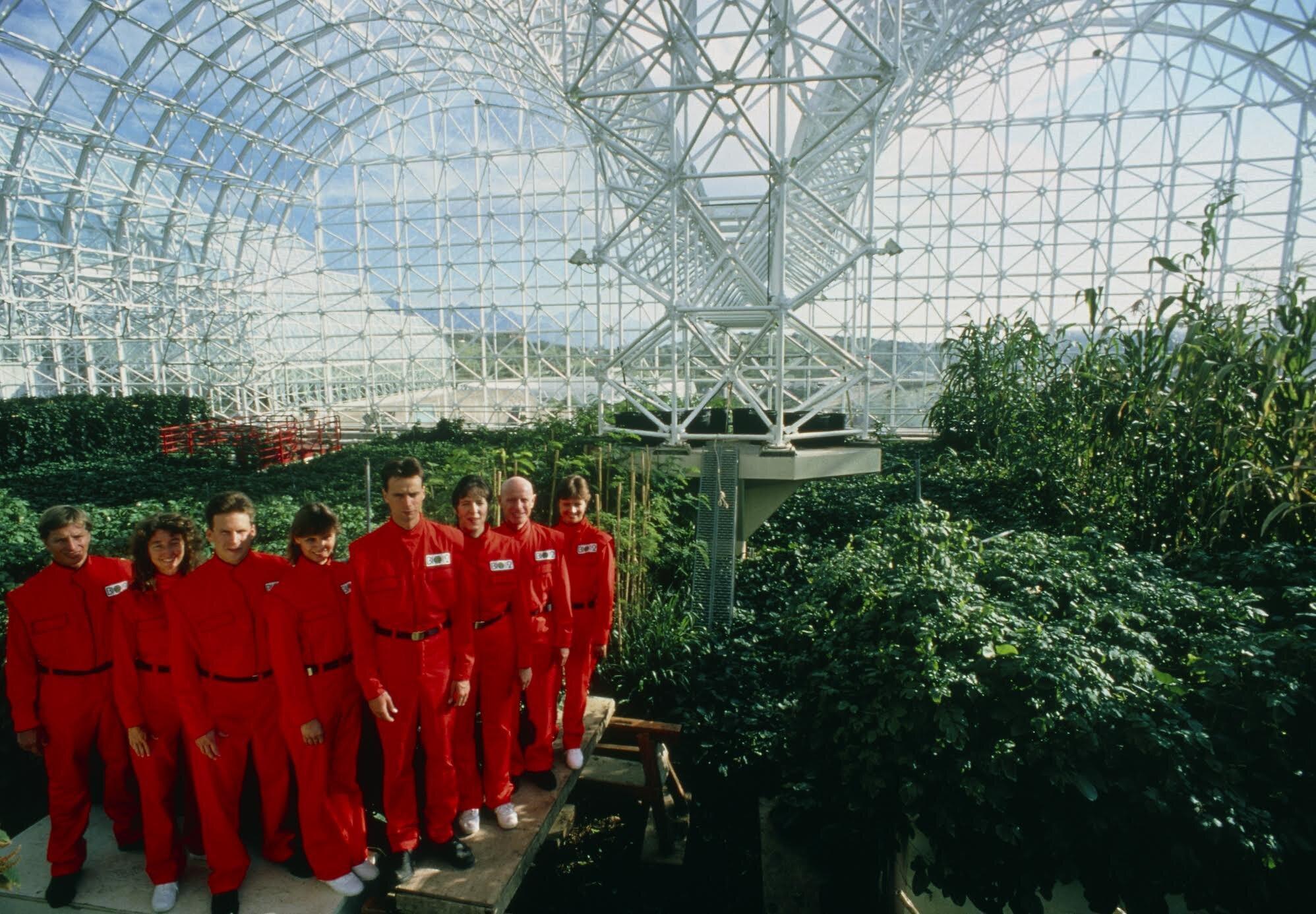 8 biospherians in the Biosphere 2