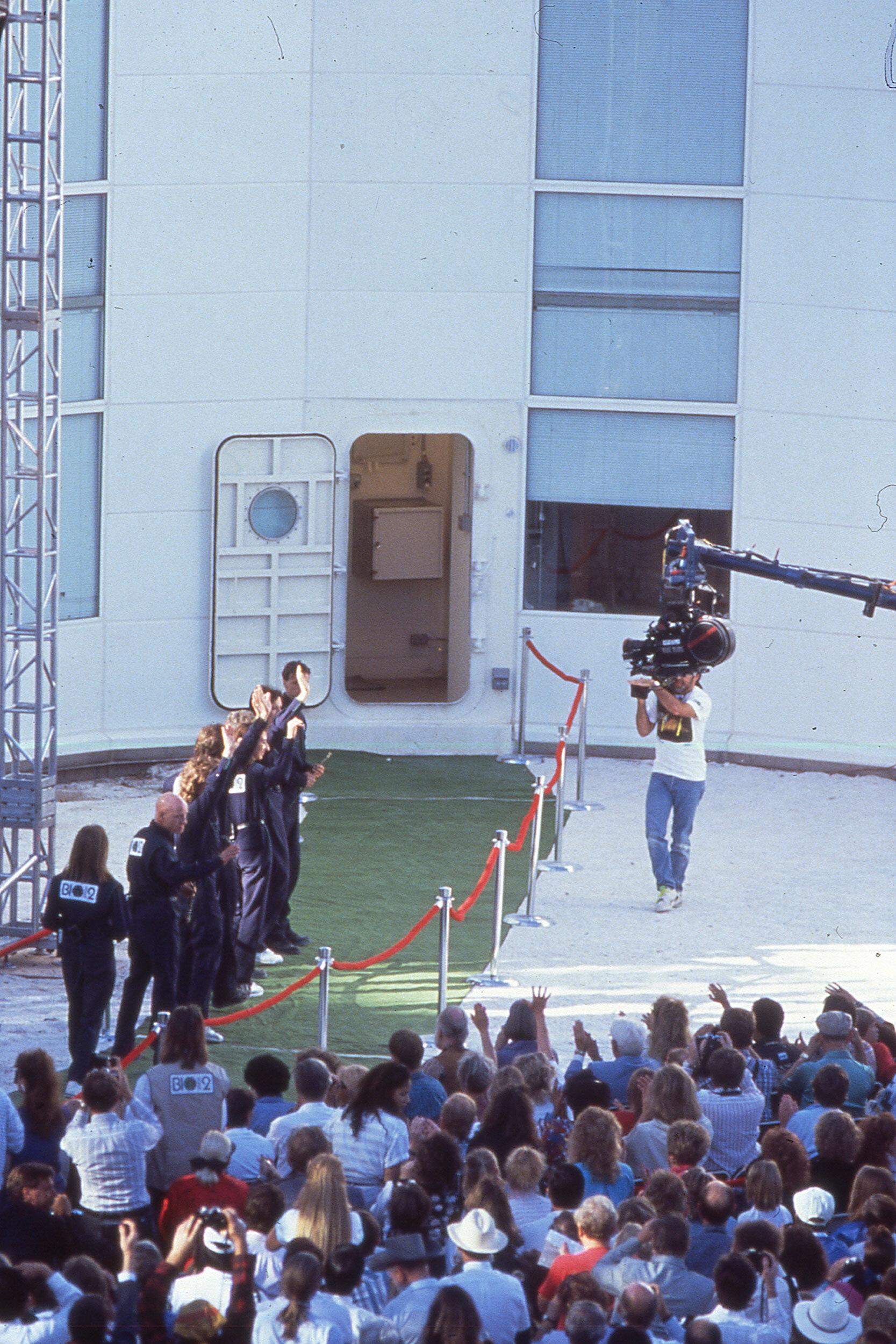 Biospherians entering the Biosphere 2 in 1991