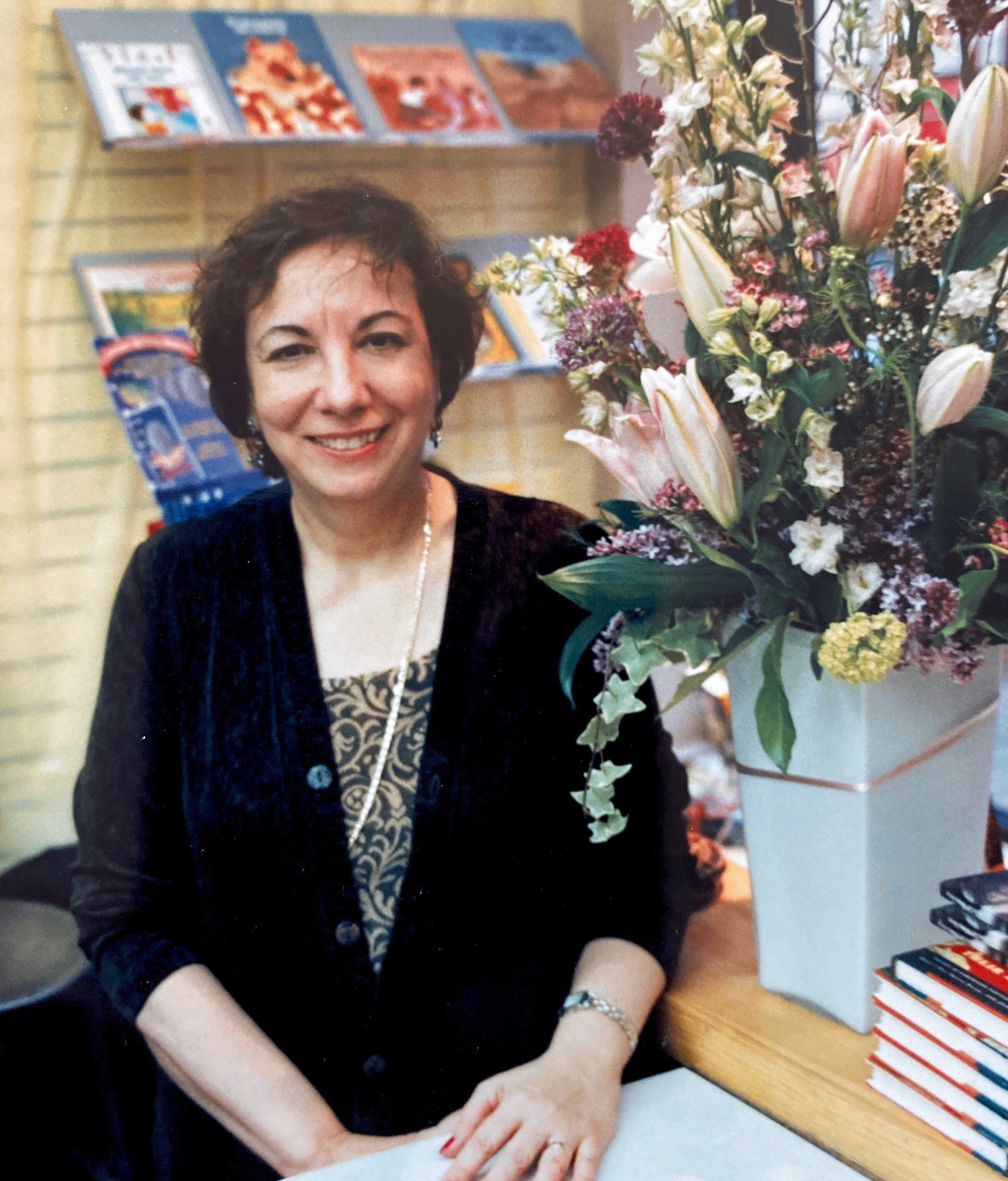 In Loving Memory of Teresa Mlawer - En memoria de Teresa MlawerJune 24, 1944 - March 21, 202024 de junio de 1944 - 21 de marzo de 2020RSVP for Virtual Memorial Service to be held onOctober 10, 2020 at 1:00 PM EDTRSVP para el servicio conmemorativo virtual que se realizará el 10 de octubre de 2020 a la 1:00 p.m. EDT
