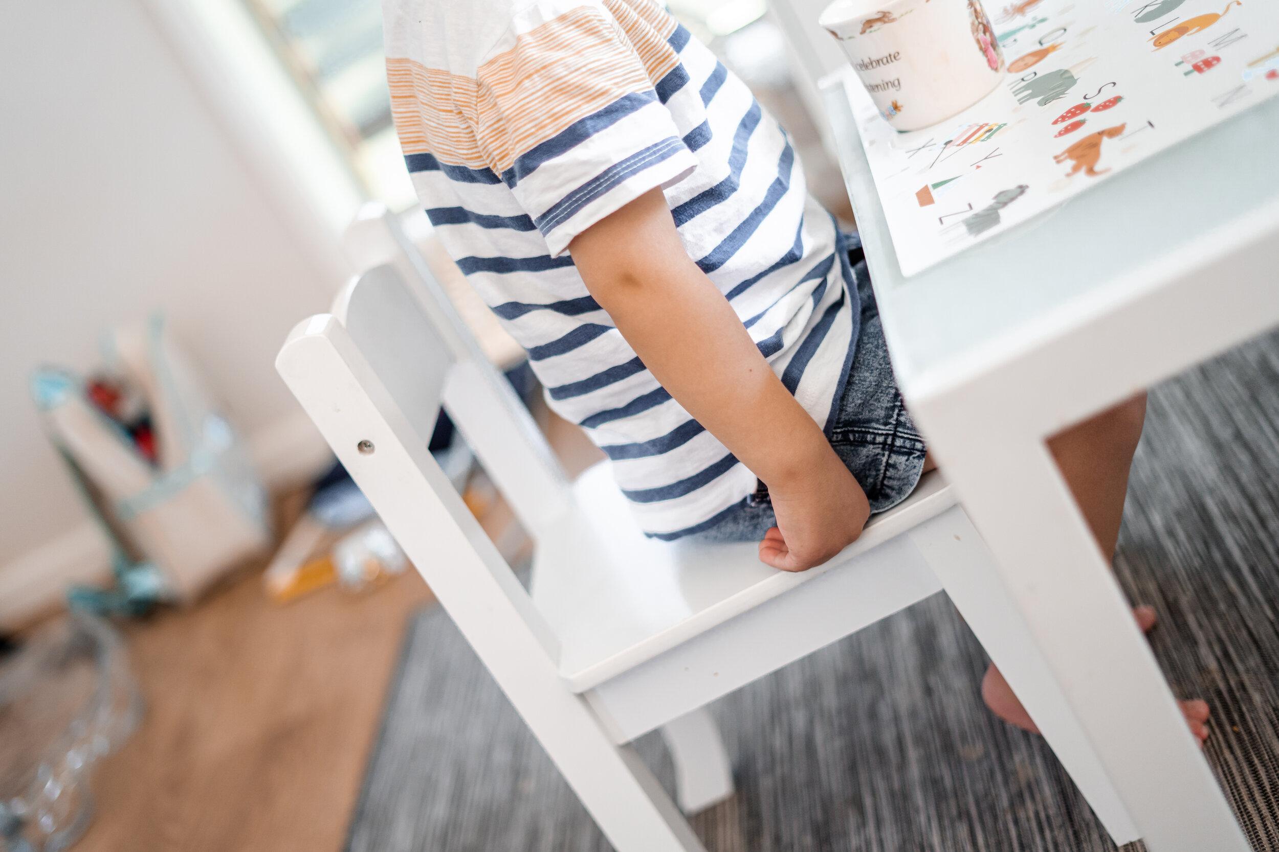 toddler-sitting-play-mat