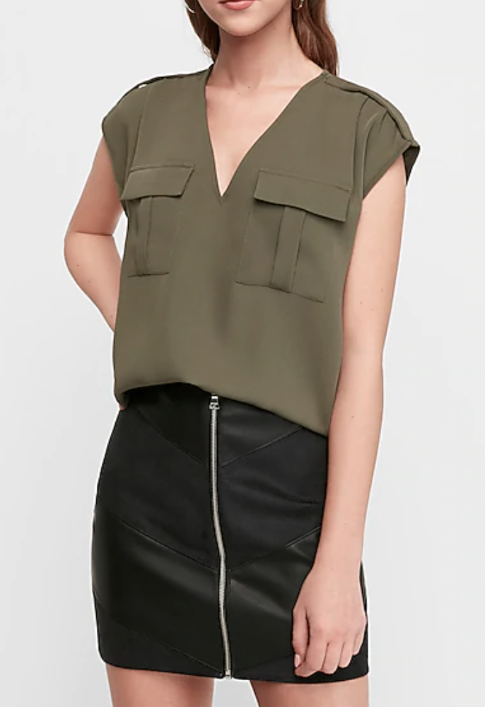 Express   two pocket utility top