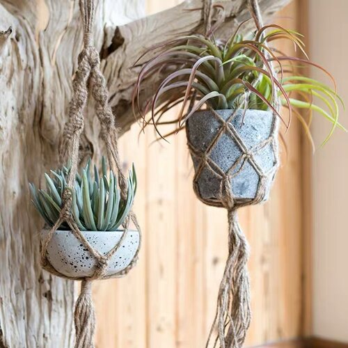Find the perfect Threadbare flower pot for you on FLUQ