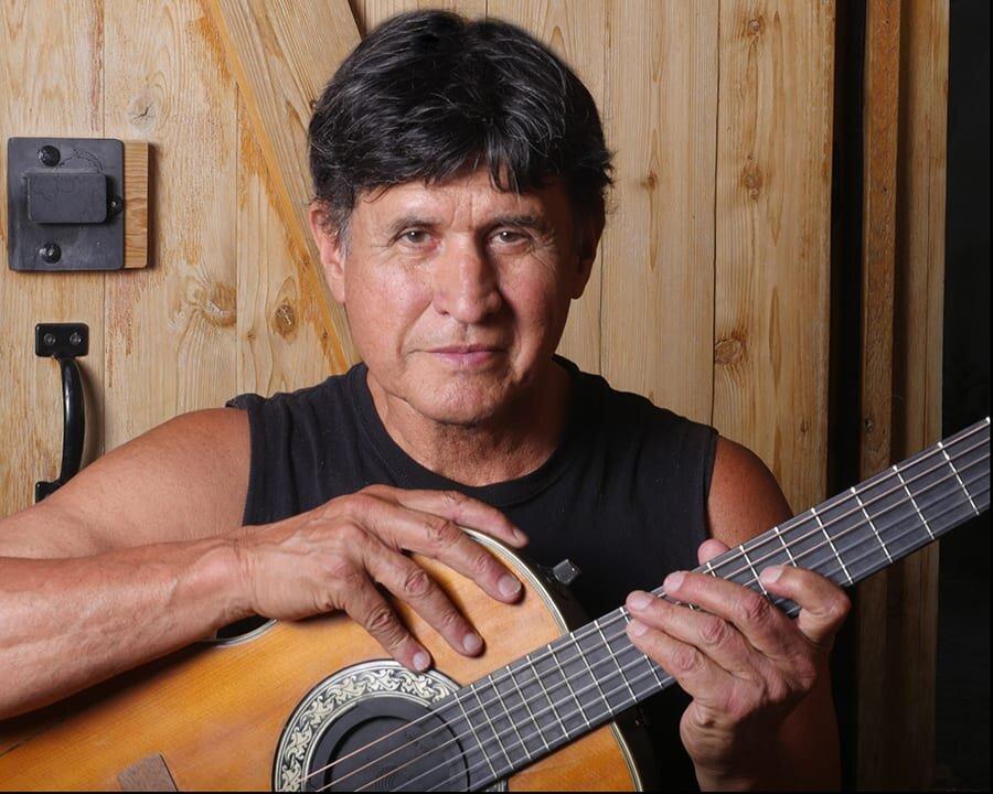 John Michael Ferrari Singer Songwriter horz sm.jpg
