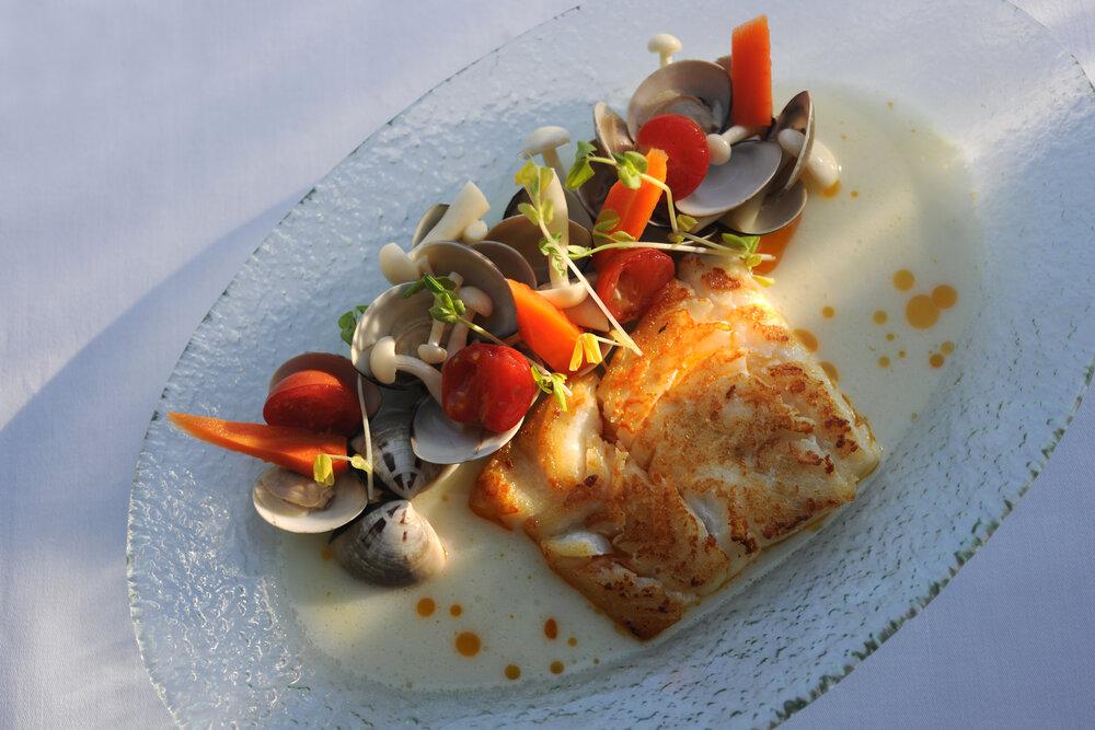 120. Grace Bay Club Dining (2).JPG
