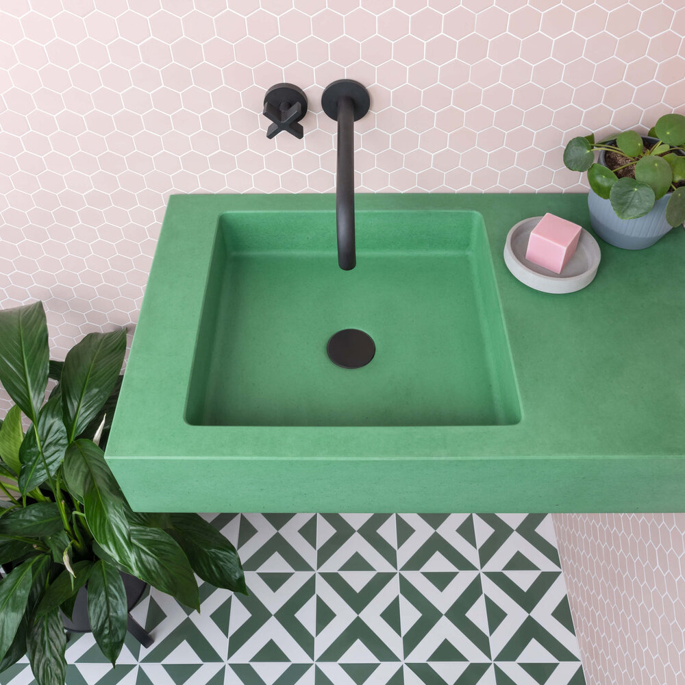 green sink