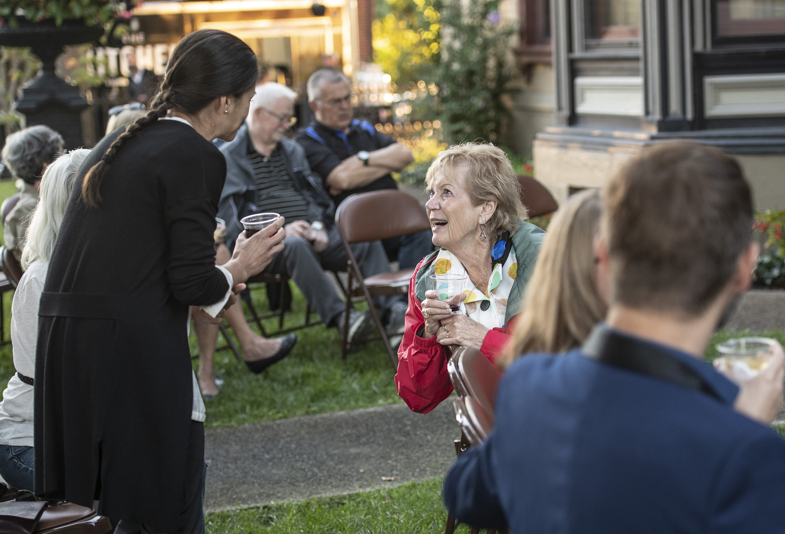 e is for everyone - Wine Down to the Weekend 2018 - Reitz Home Museum - Guests Enjoying Conversation - Alex Morgan Imaging.jpg