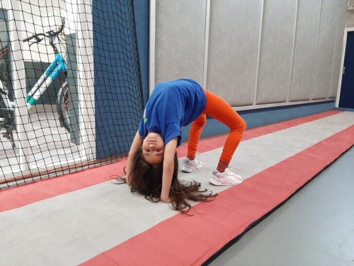 Foto: De Havenloods - Naast het maken van een krant doet Eva deze zomer ook aan sport en cultuur
