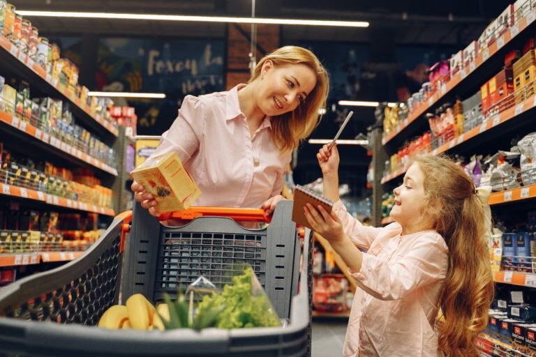 family-doing-shopping-in-the-grocery-store-3985094-768x512.jpg