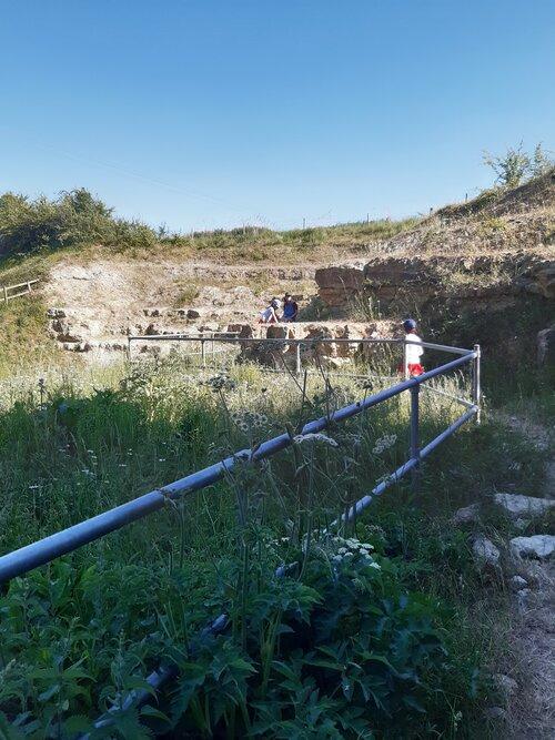 thornborough and coombe quarry (5).jpg