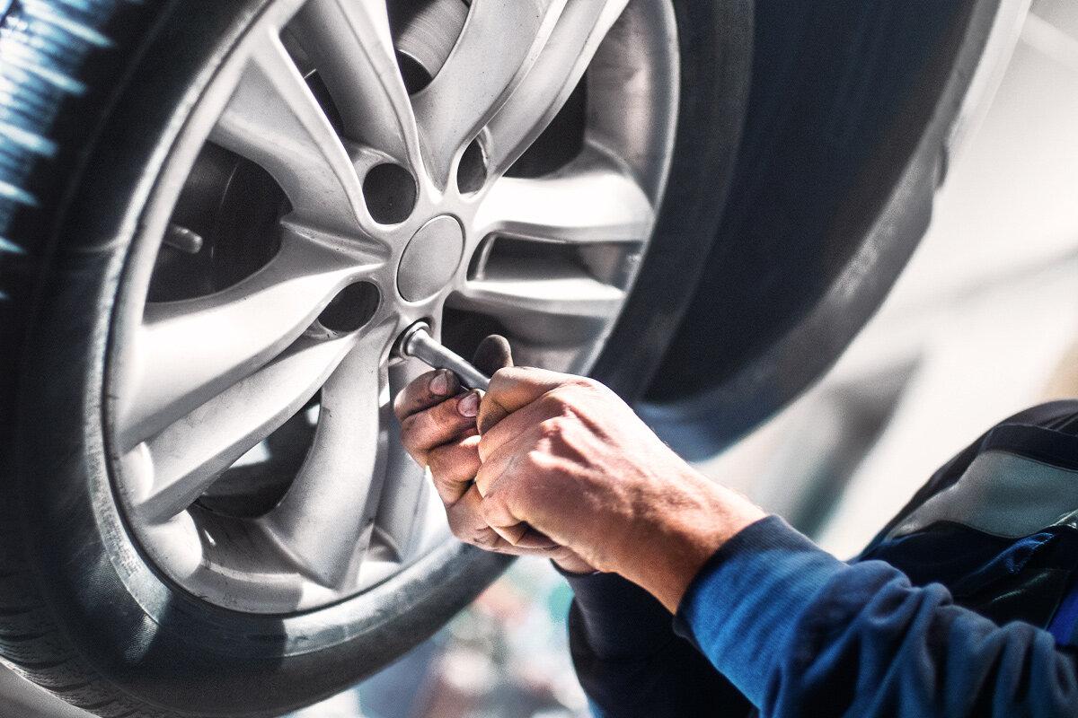 處理索償或提供緊急支援 - 不幸發生意外後,AWM 車保團隊可為你即時安排道路支援,並提供簡單快捷的索償程序,自然無後顧之憂。