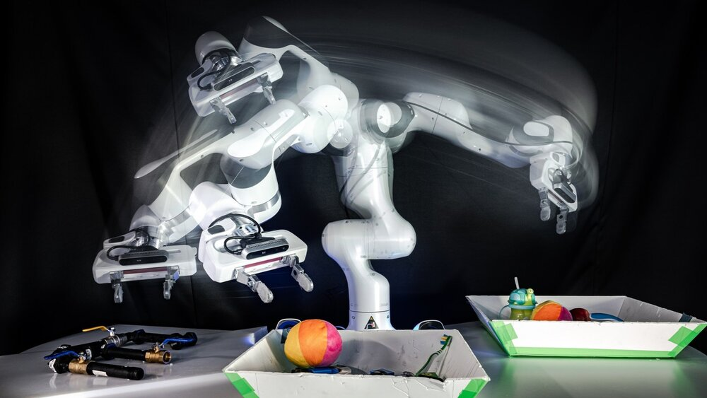 qut-robotics2-wsf.jpg