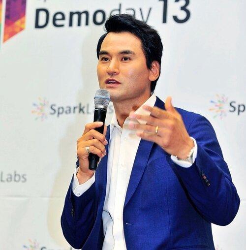 Park Chan-ho Asian Menswear