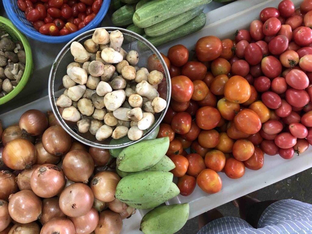 fresh-vegetables-produce-market-bangkok-thailand-2-1024x768.jpg