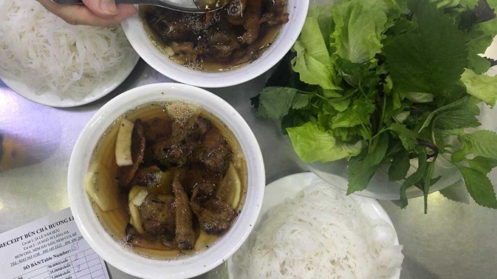 What to eat in Vietnam - Bun cha Hanoi