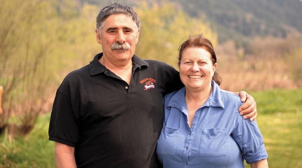 在2020年,Don和Desi被命名为第77位美国泽西牛协会的Master Breeder Award的获得者,该奖项被授予那些饲养了多年杰出动物并因此对adva作出了显著贡献的成员。