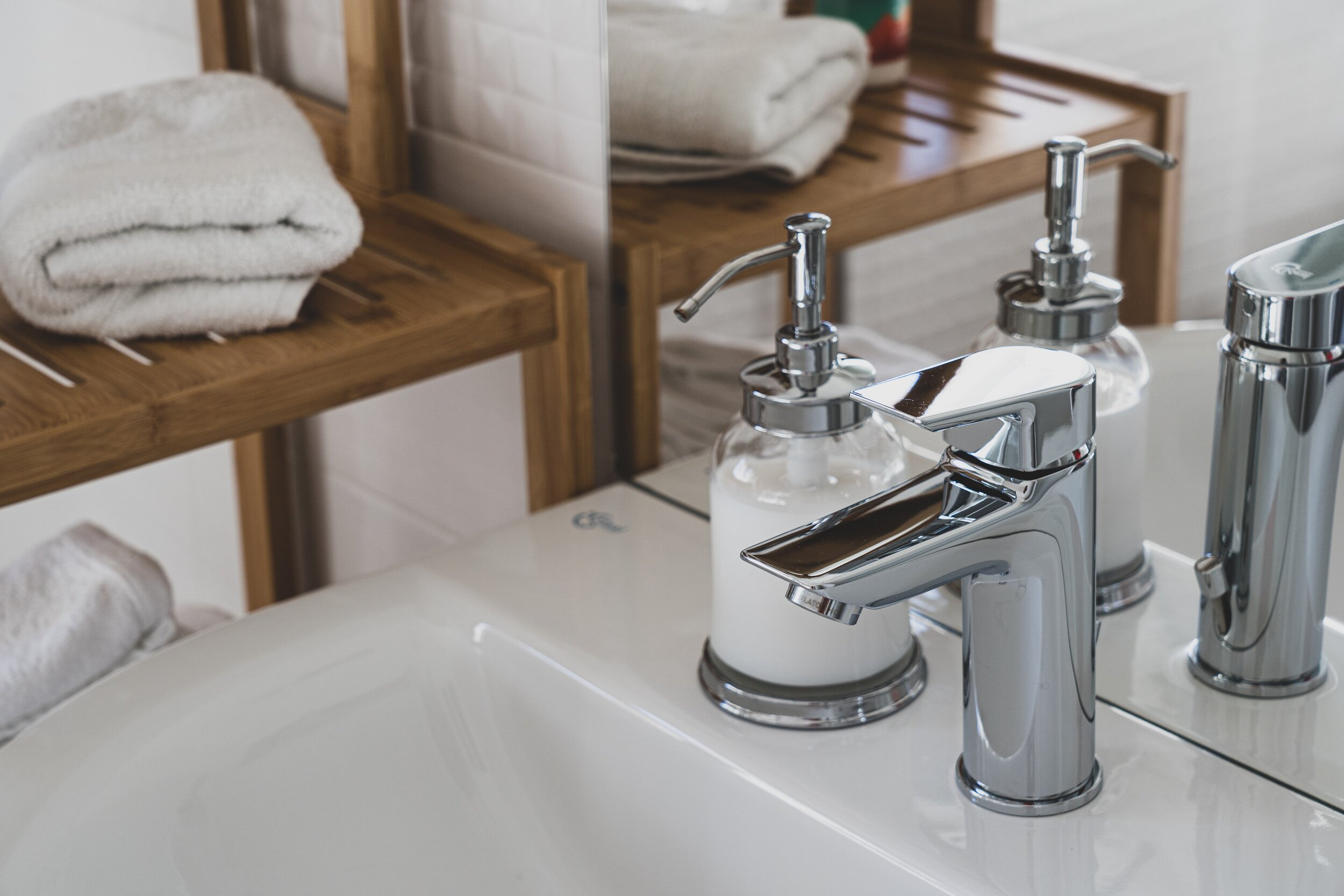Affordable Faucet Repair Services in Chicago   Faucet Replacement ...