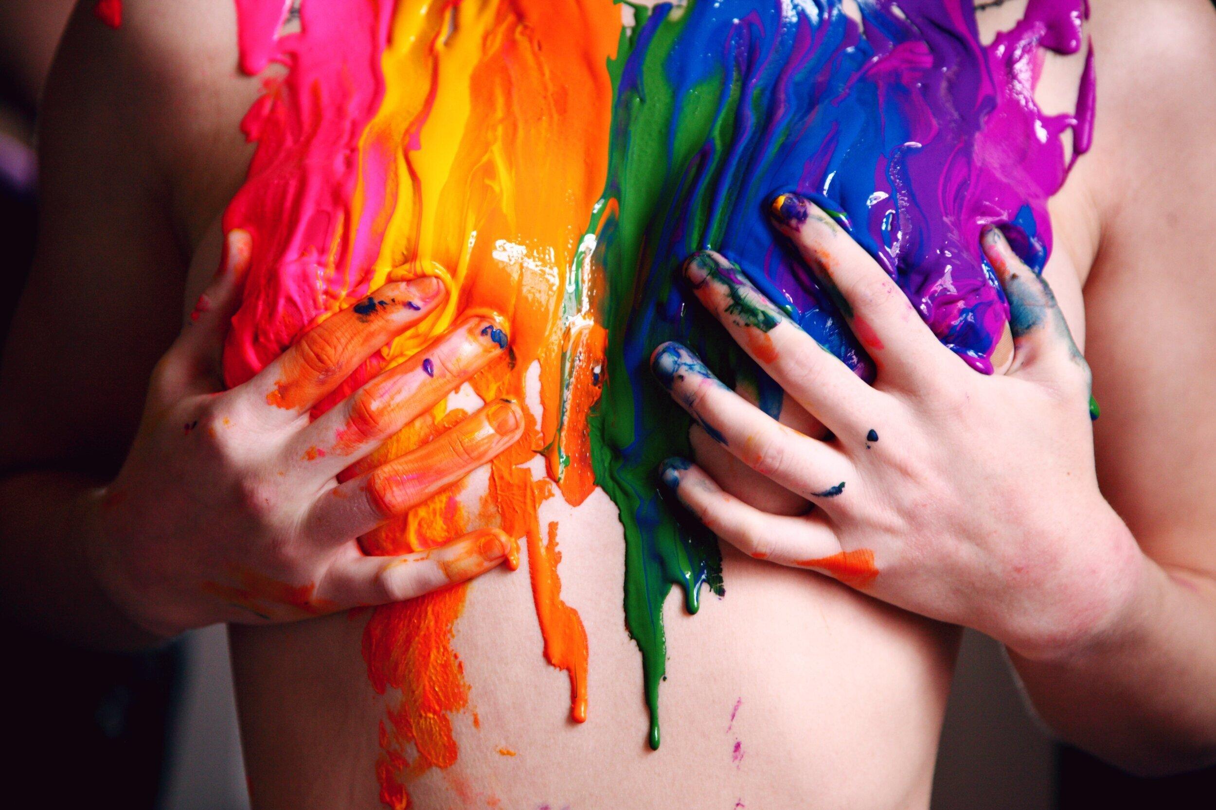 - Le coming out peut être délicat et nuancé avec la façon dont vous le faites, mais quel poids sur vos épaules !