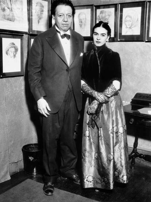 FRIDA KAHLO và người chồng DIEGO RIVERA