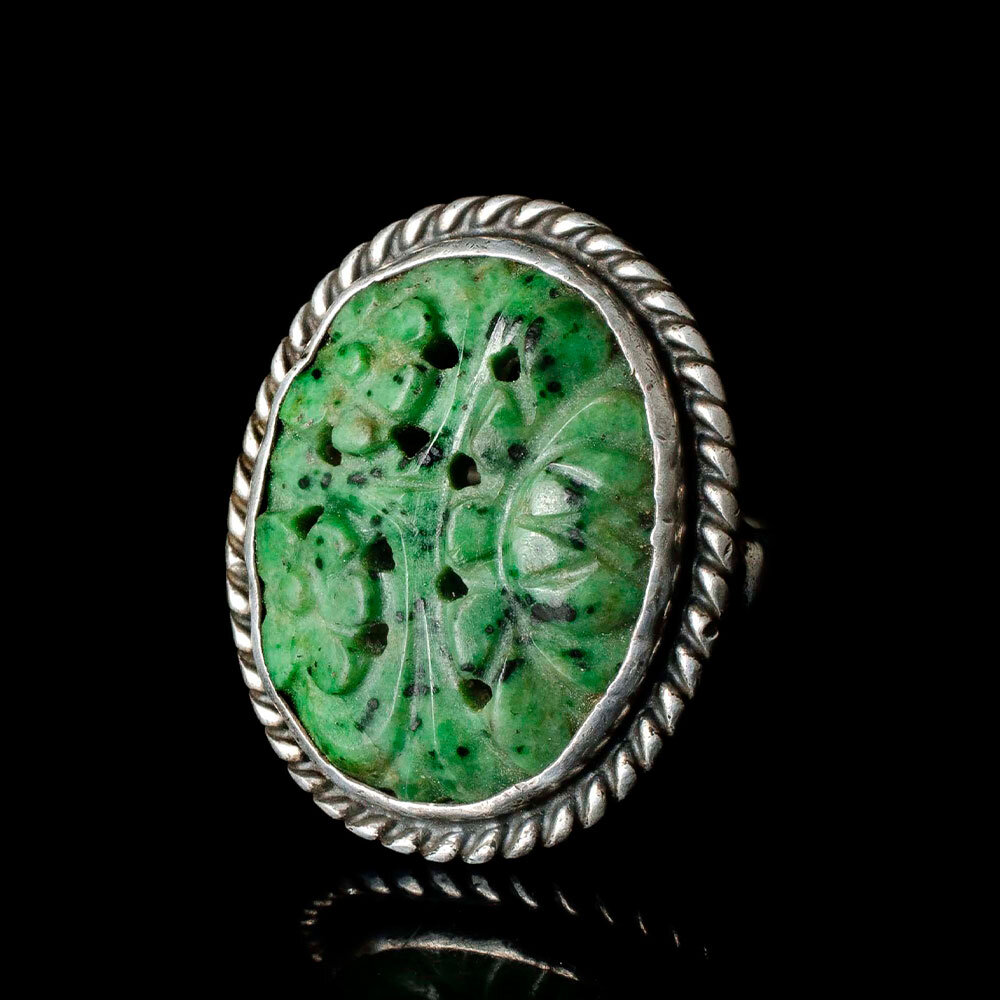 Art Deco silver carved jade Ring