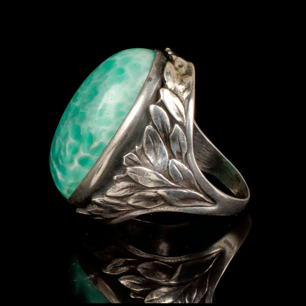 antique Arts and Crafts silver and Peking glass foliate Ring