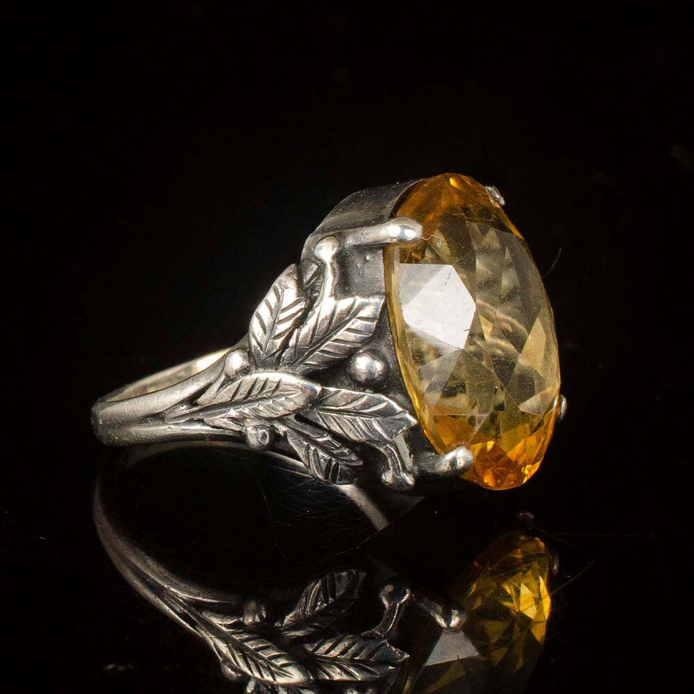 Arts and Crafts silver and citrine glass foliate Ring