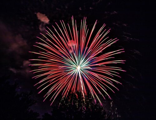 """July 4 special display """"150"""" within 4th of July-Wendell fireworks"""