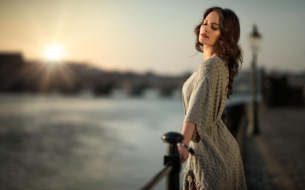 Model: Priscilla Rehean