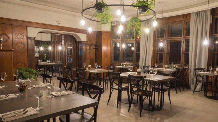 Restaurace+Volt.jpg