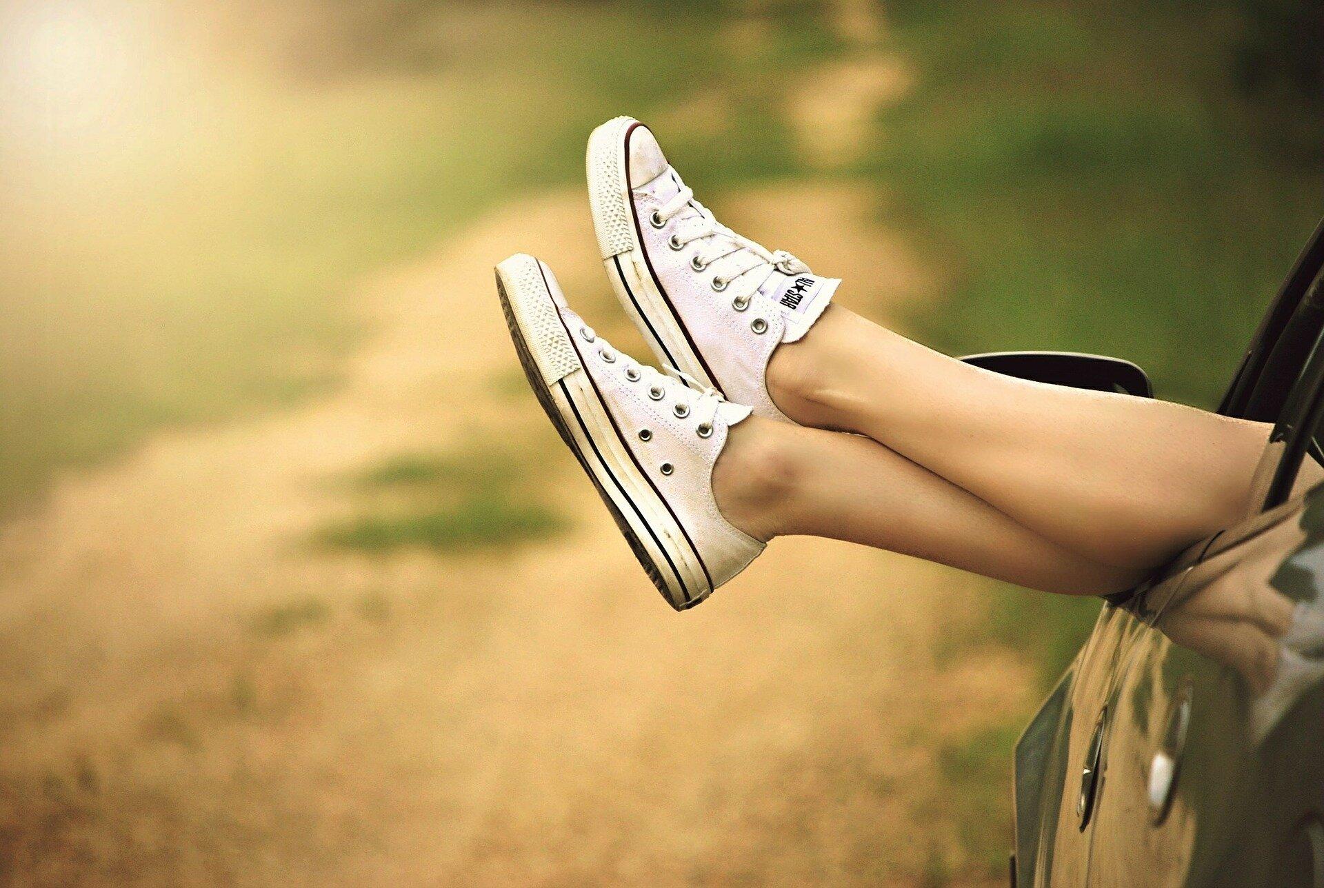 shoes-434918_1920.jpg