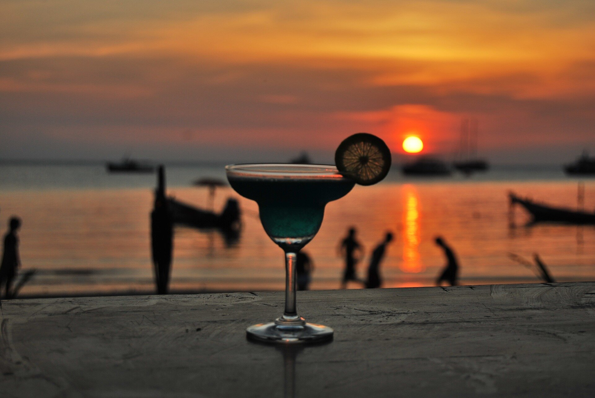 cocktail-1042330_1920.jpg