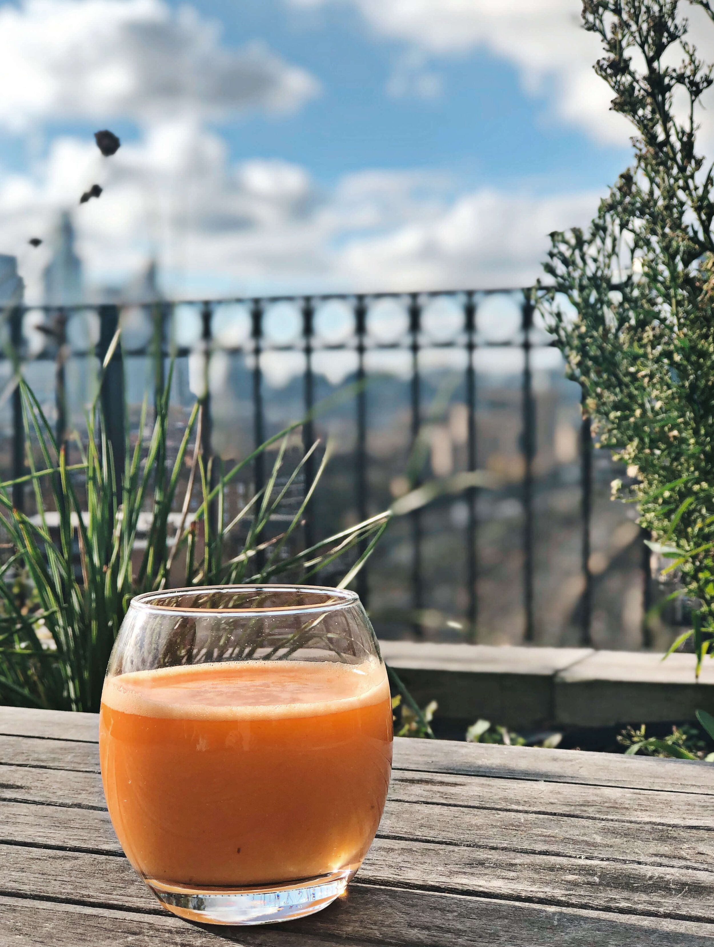 Organic Pineapple Carrot Detox Juice