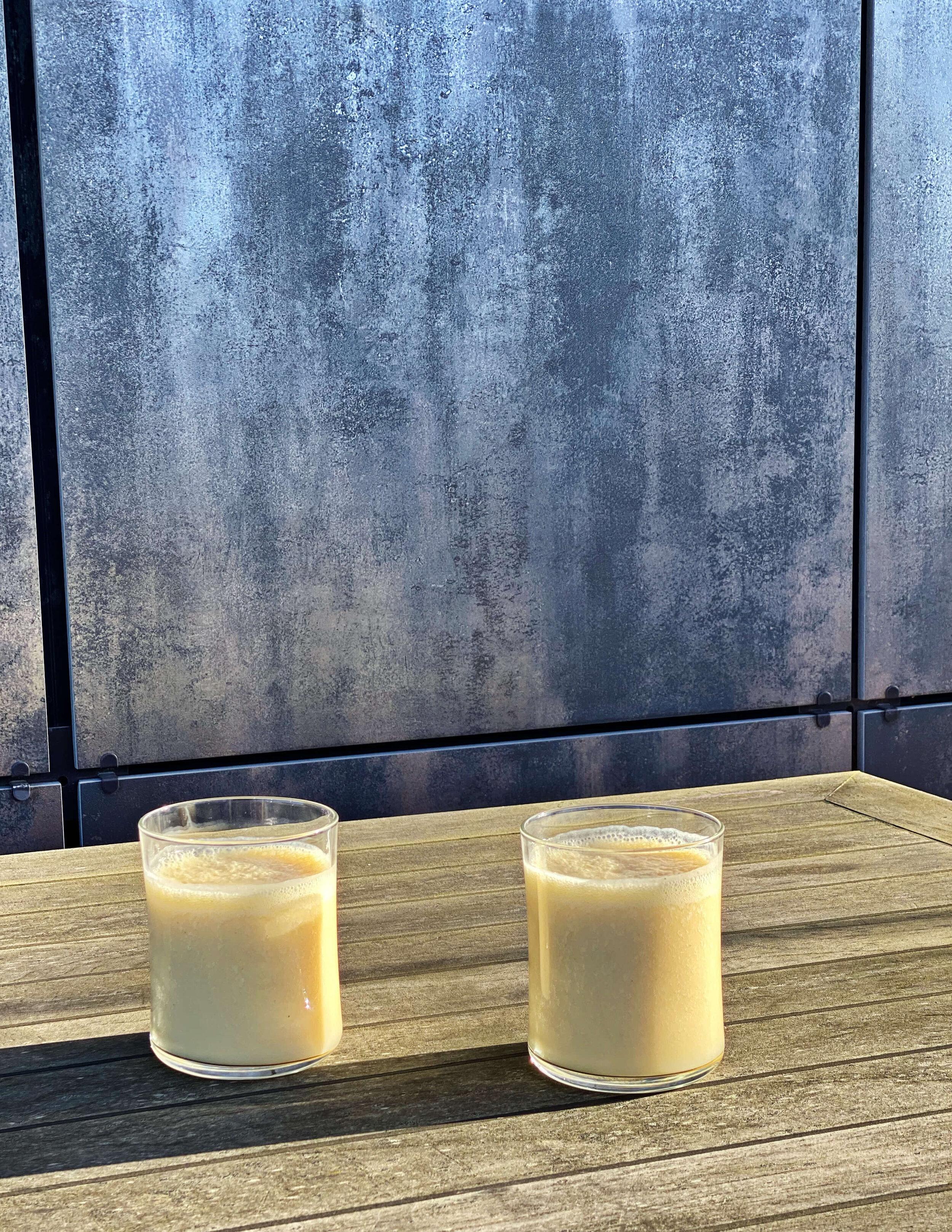 healthy tropical juice rich in antioxidants