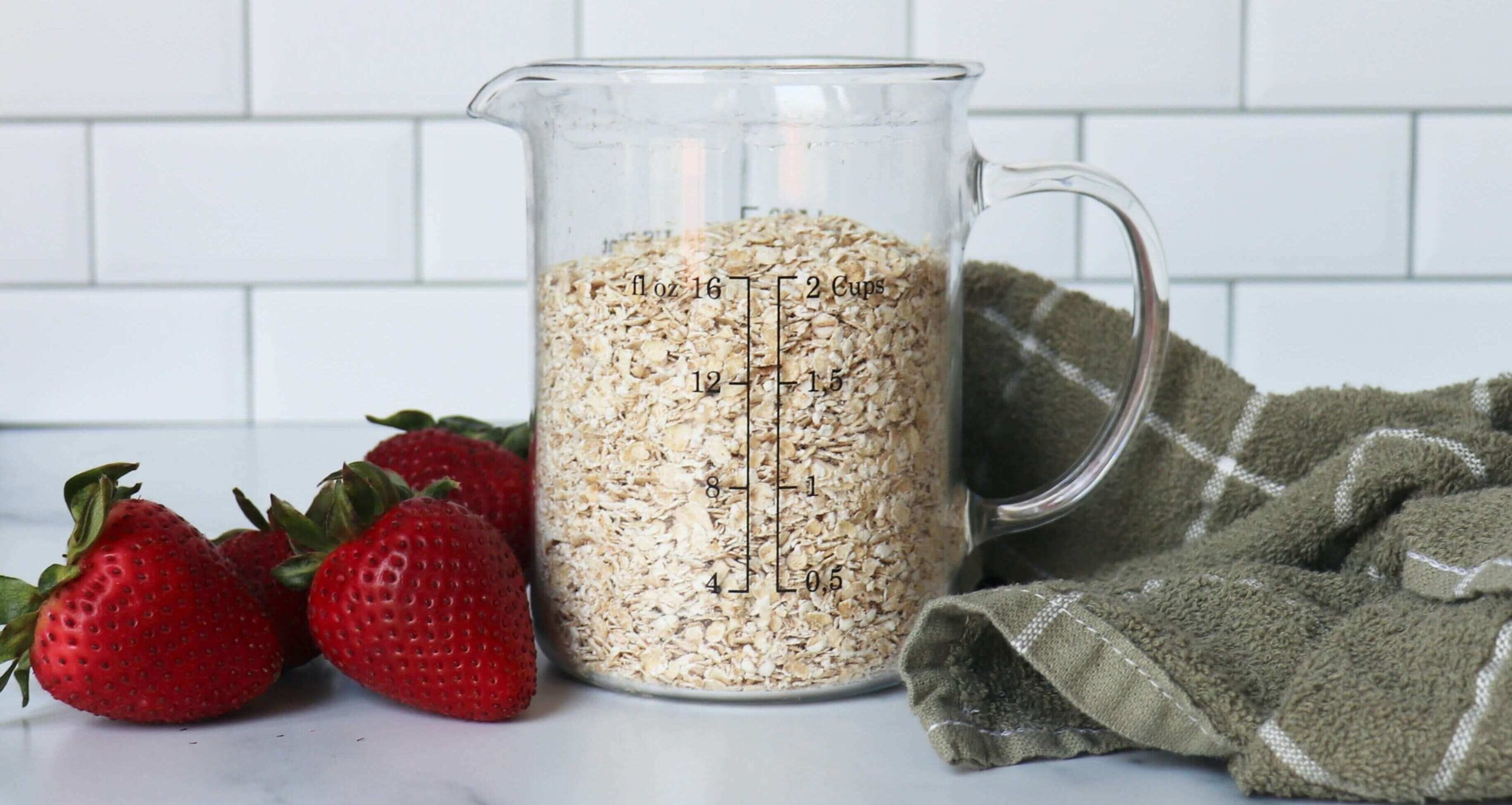 Organic Healthy Oats in a Container