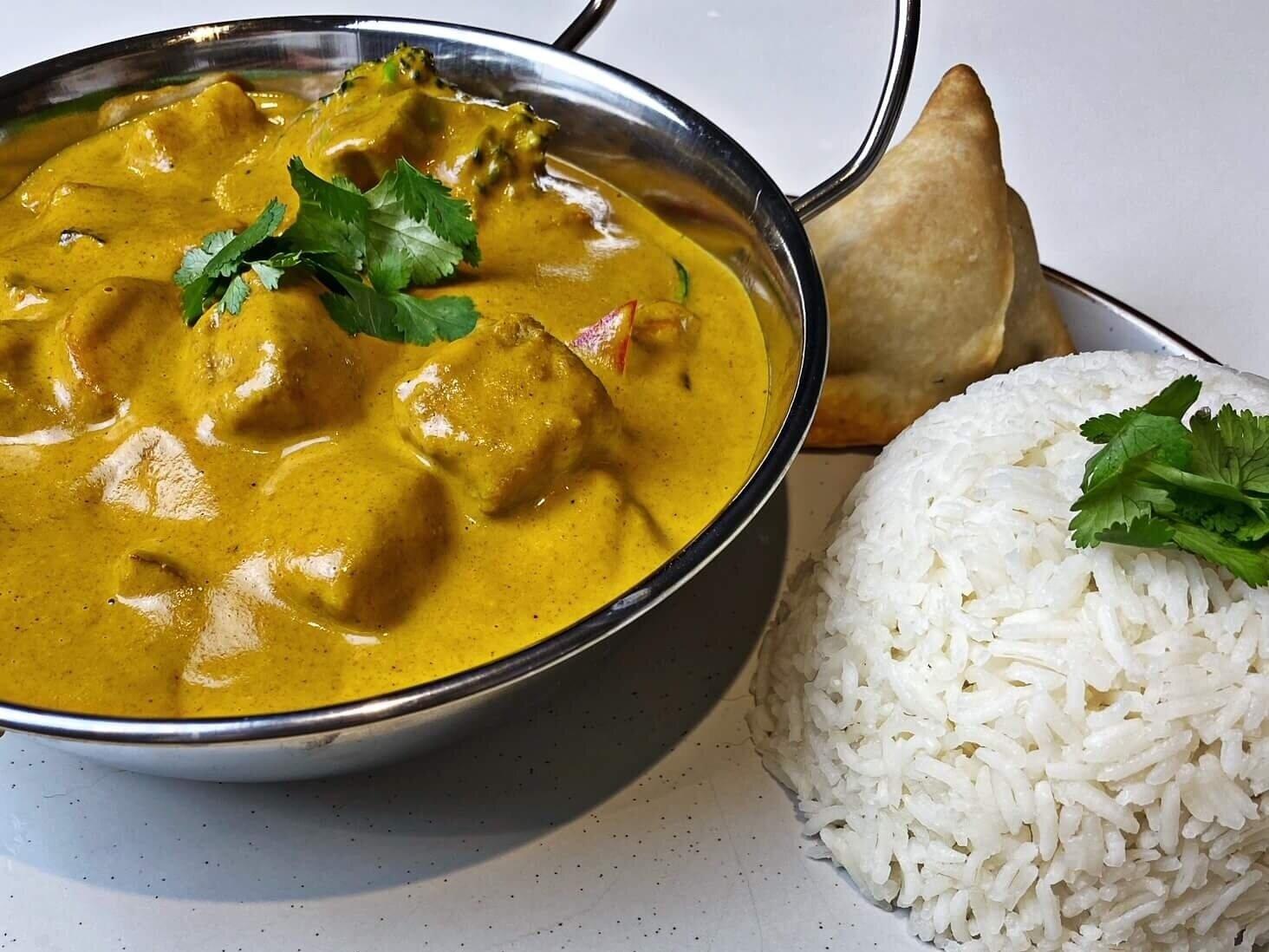 "Easy Vegan Mango ""Chicken"" Curry"