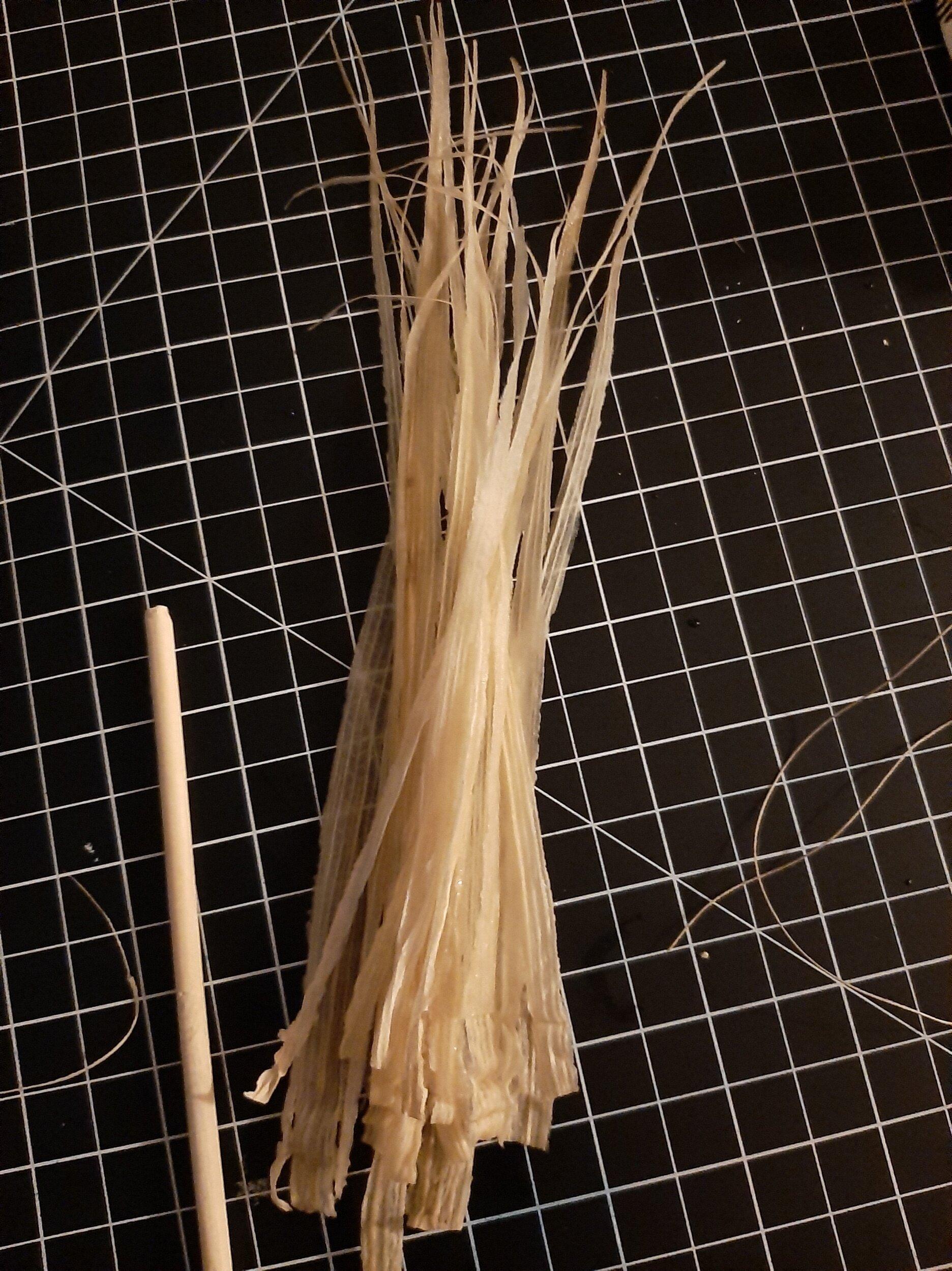 Thin strips of corn husk