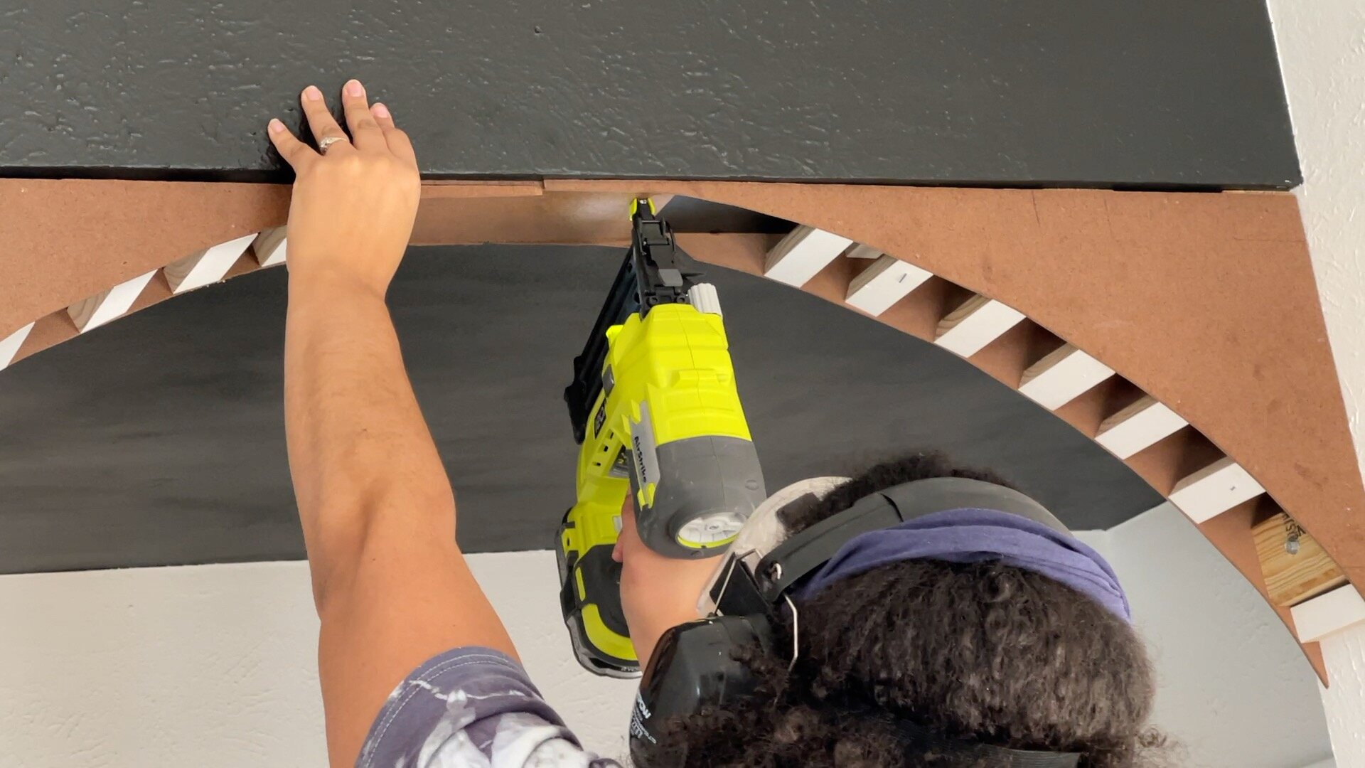 Shimming the Middle of the Arch with Hardboard